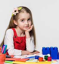 kids-drawing-painting-activities-inside-home
